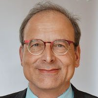 Prof. Stefan Bringezu